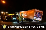Berging vrachtwagen na ongeval op de oprit van de A58 bij Moergestel (+Video)